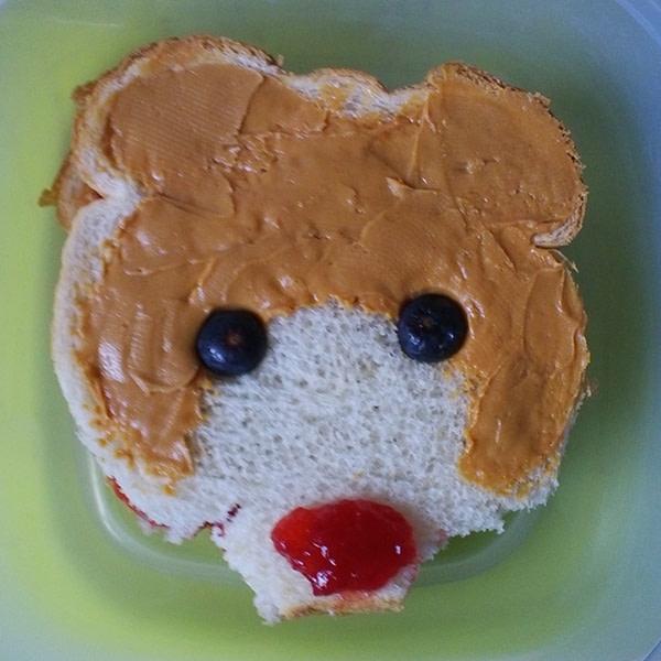 Sandwich that looks like a bear
