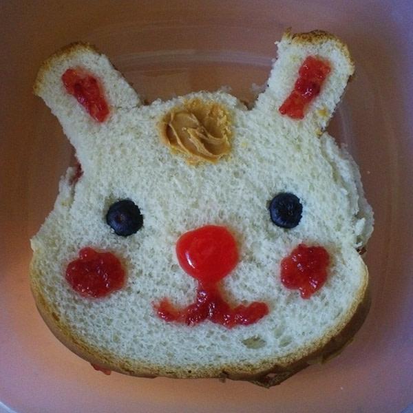 Sandwich that looks like a bunny.