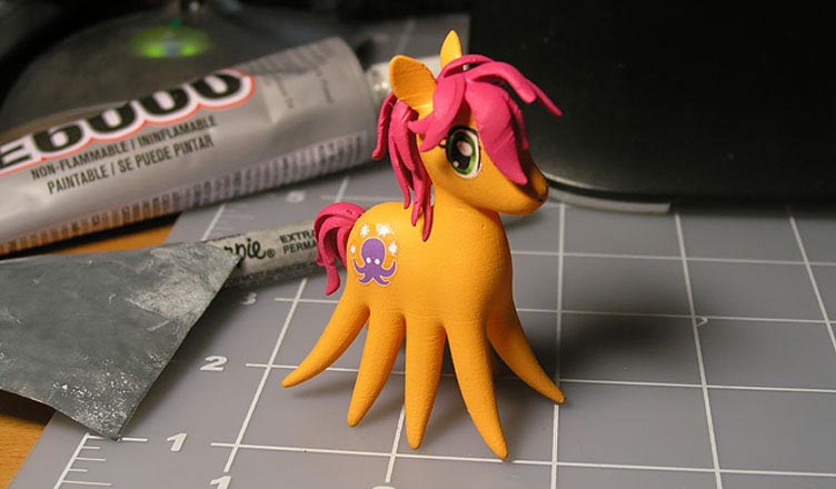 Form1 print of Sparklepus toy