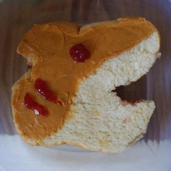 Sandwich shaped like a shark.