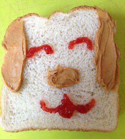 Sandwich that looks like a really happy doggie